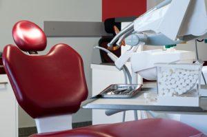 Fotel stomatologiczny w gabinecie