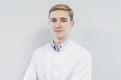 Stomatolog Mateusz Kufieta