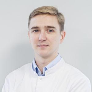 Lekarz stomatolog Mateusz Kufieta