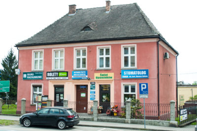 Budynek, w którym znajduje się gabinet lekarza dentysty Mateusza Kufiety
